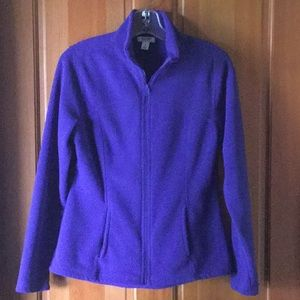 Old navy fitted fleece jacket with pockets, small
